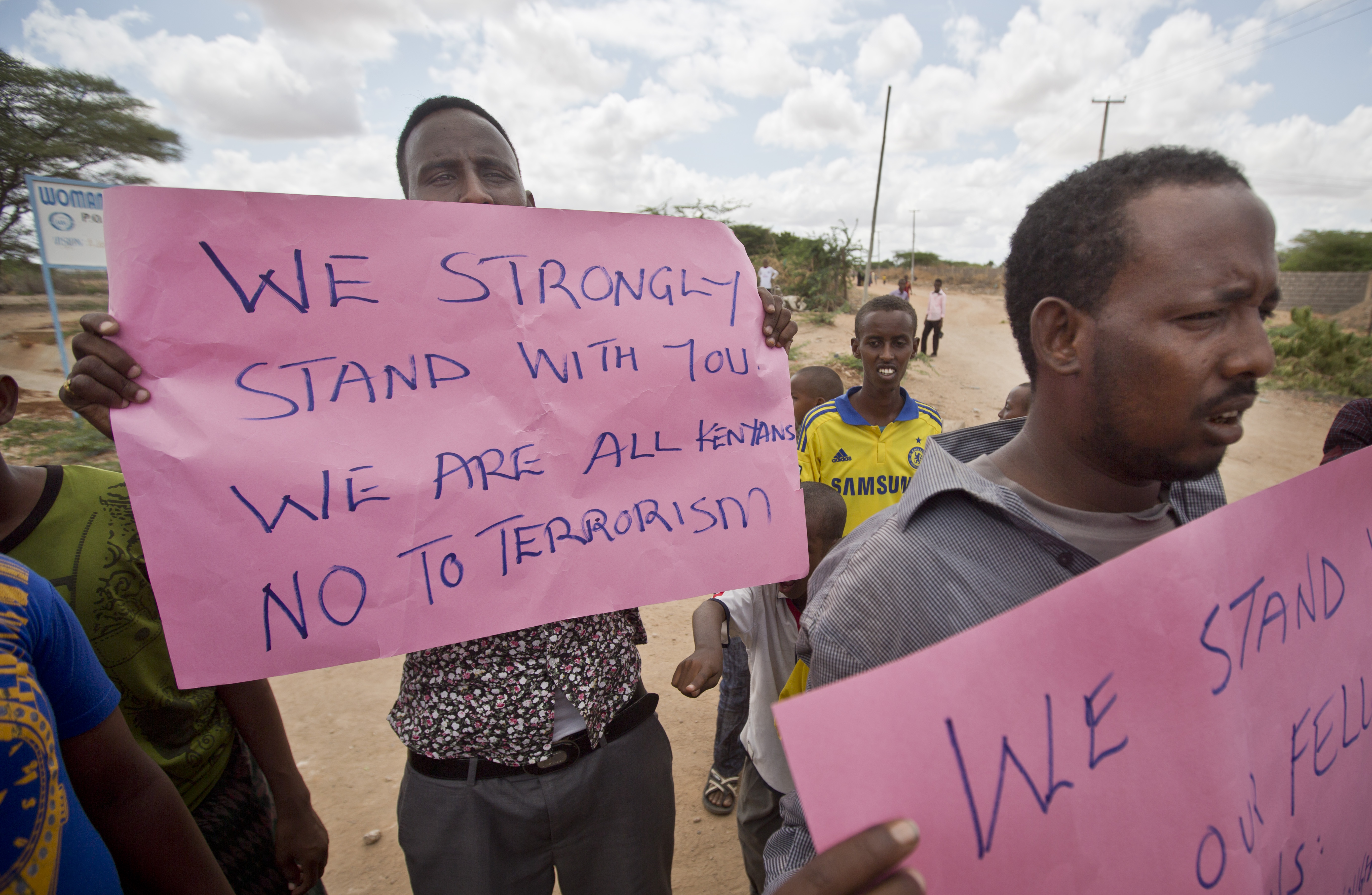Kenyan Muslims demonstrate against Thursday's attack and in solidarity with non-Muslims who were targeted, on a street in Garissa, Kenya, April 3, 2015.