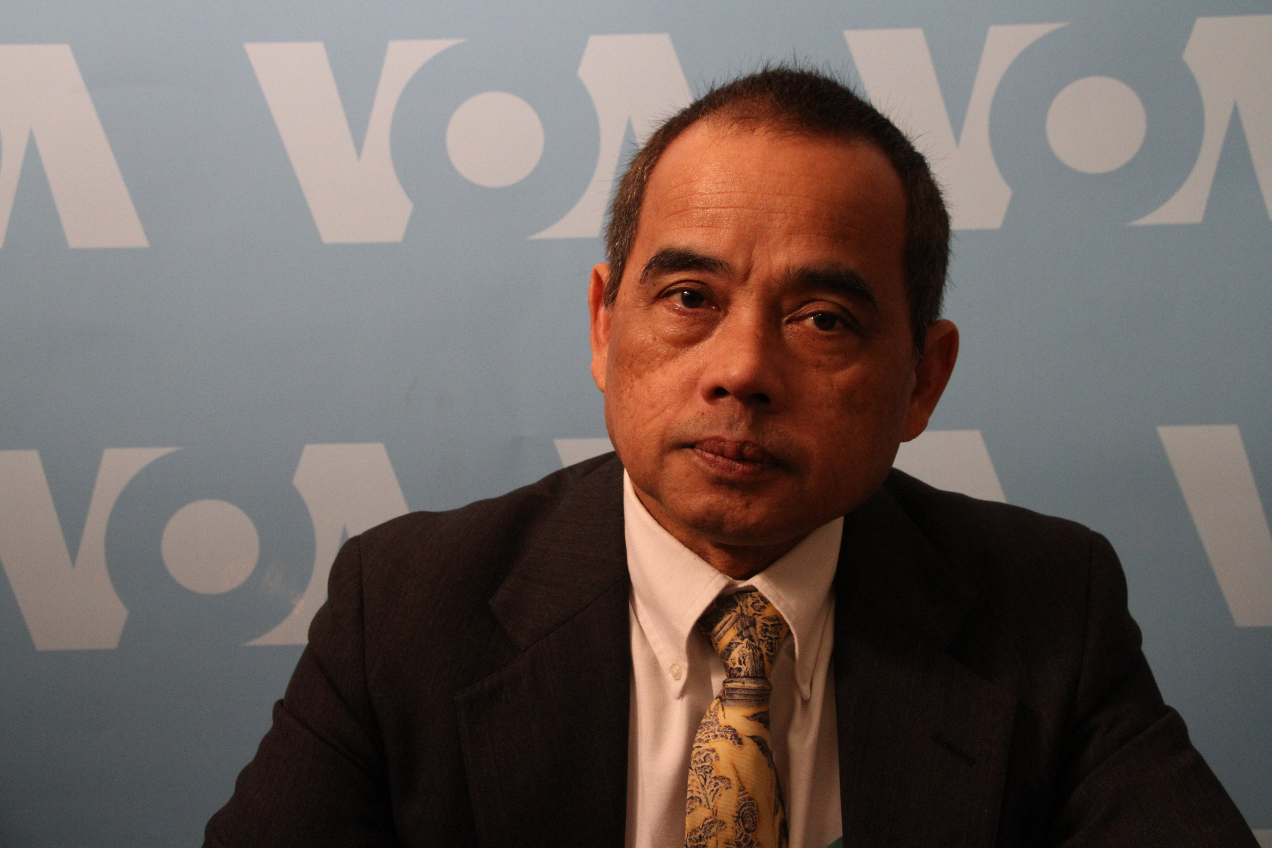 Uong Rithy,the newly-elected head of CNRP party  based in the United States, is in Washington DC to talk to supporters and U.S. diplomats about situations in Cambodia, on February 23, 2017. Uong is the first Cambodian American elected to the City Cou...