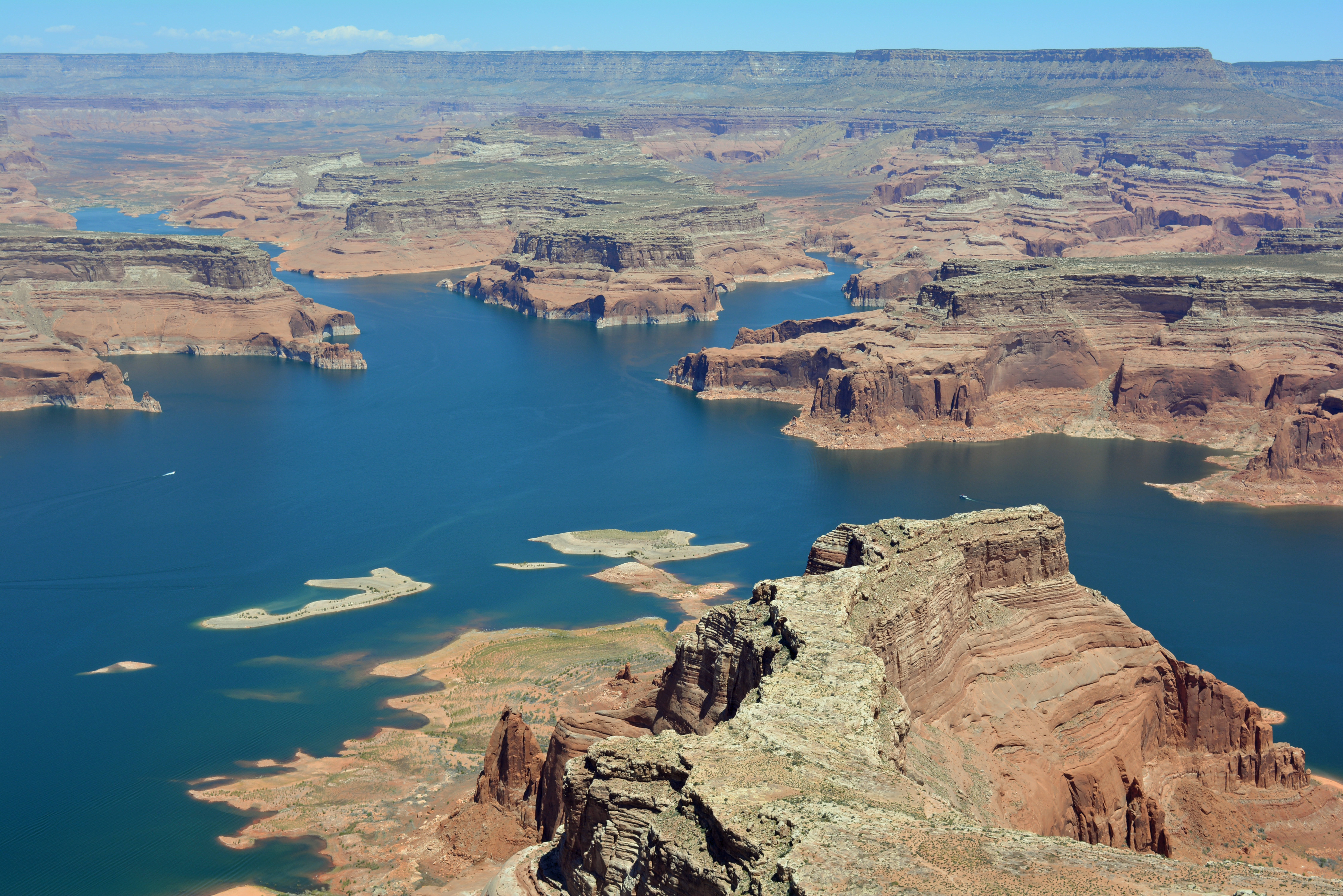 The top of Tower Butte offers a panoramic view of Lake Powell, the largest man-made lake in North America.