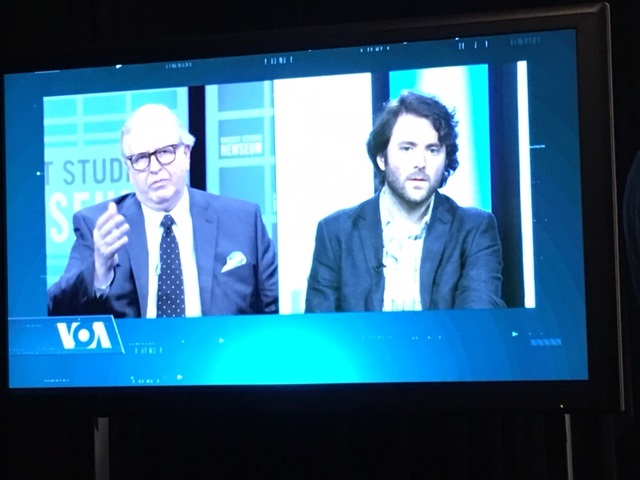 Journalist Michael Weiss, right, participated in a VOA-Newseum forum discussing ISIS's use of propaganda during a townhall at the Newseum in Washington, D.C., Oct. 21, 2015.