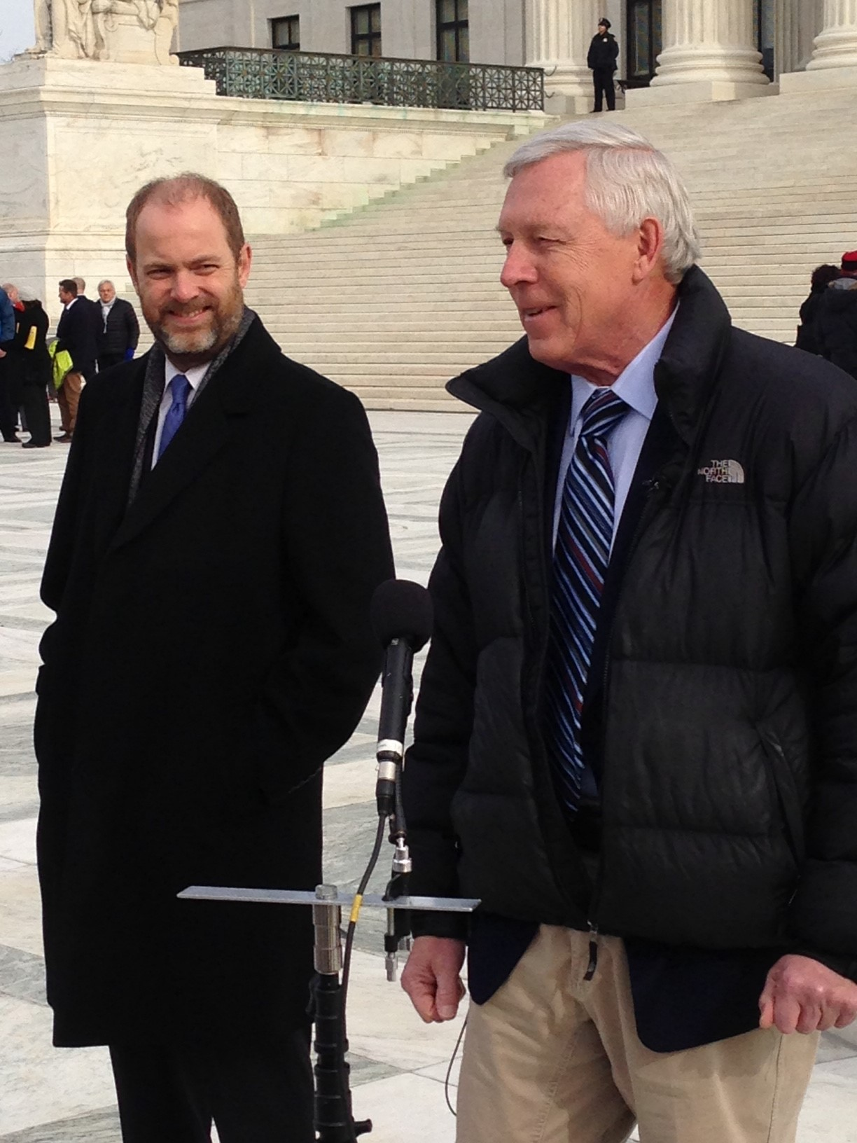 Alaskan outdoorsman John Sturgeon (R) , traveled to Washington to watch the Supreme Court hear his case against the National Park Service. (M. Snowiss\VOA)