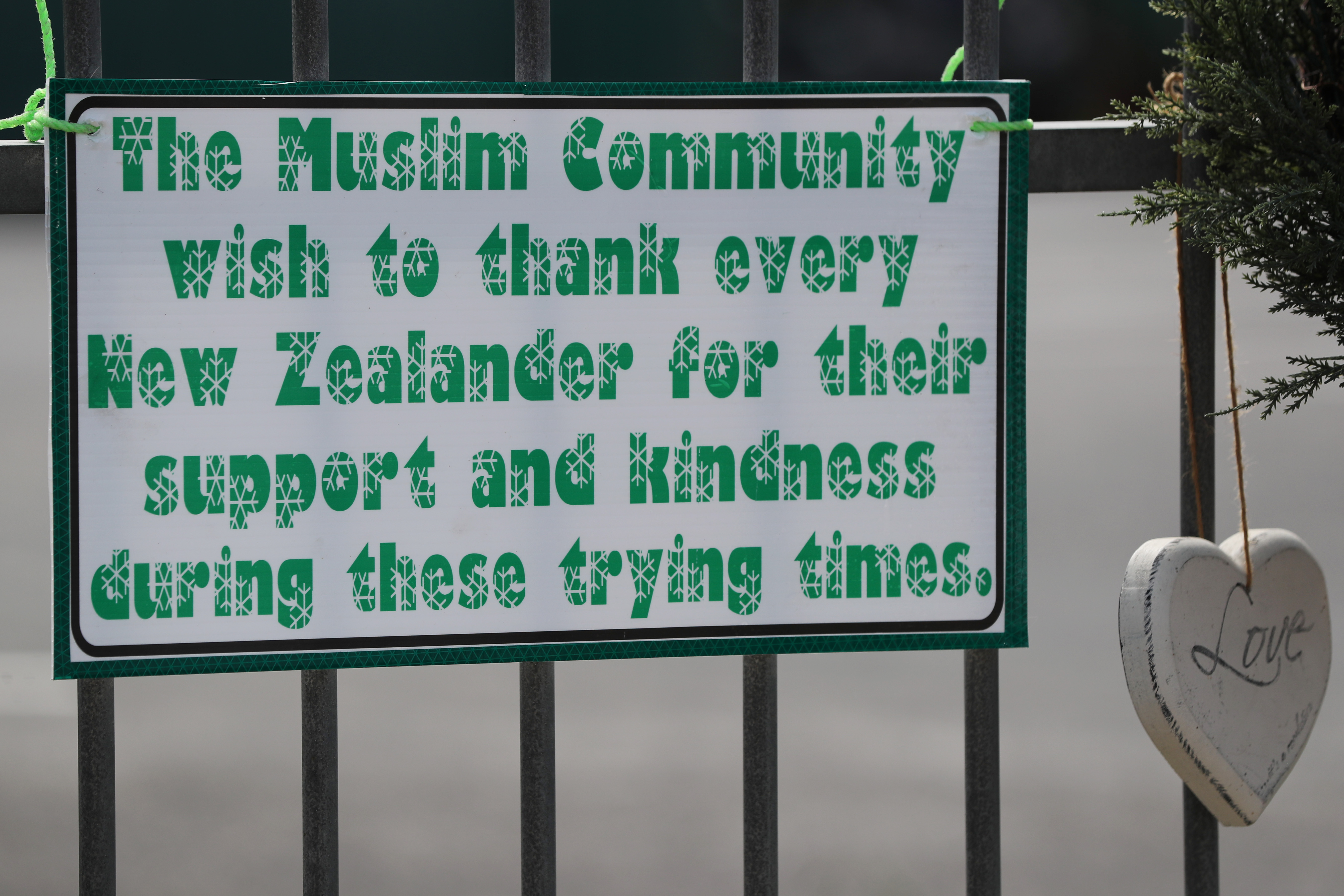 Messages of support for the victims of the mosques attacks in Christchurch at the Masjid Umar mosque in Auckland, March 17, 2019.
