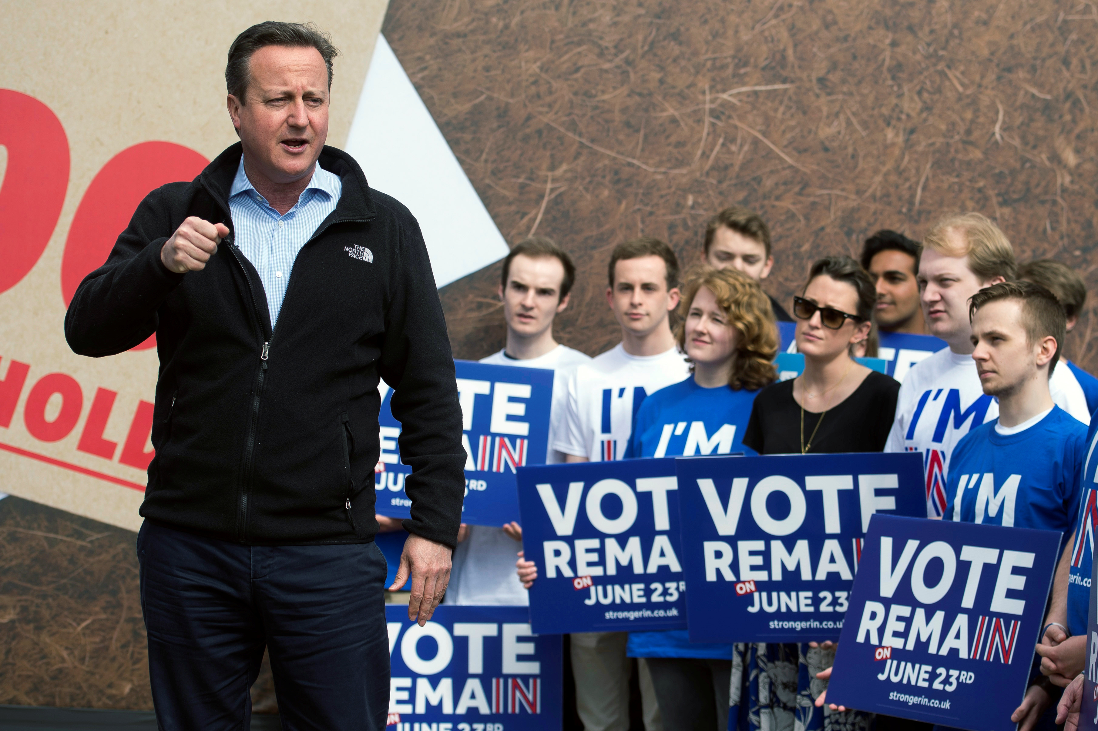 """British Prime Minister David Cameron delivers a speech to supporters of the """"Stronger In"""" campaign event in Witney, Oxfordshire, England, May 14, 2016."""