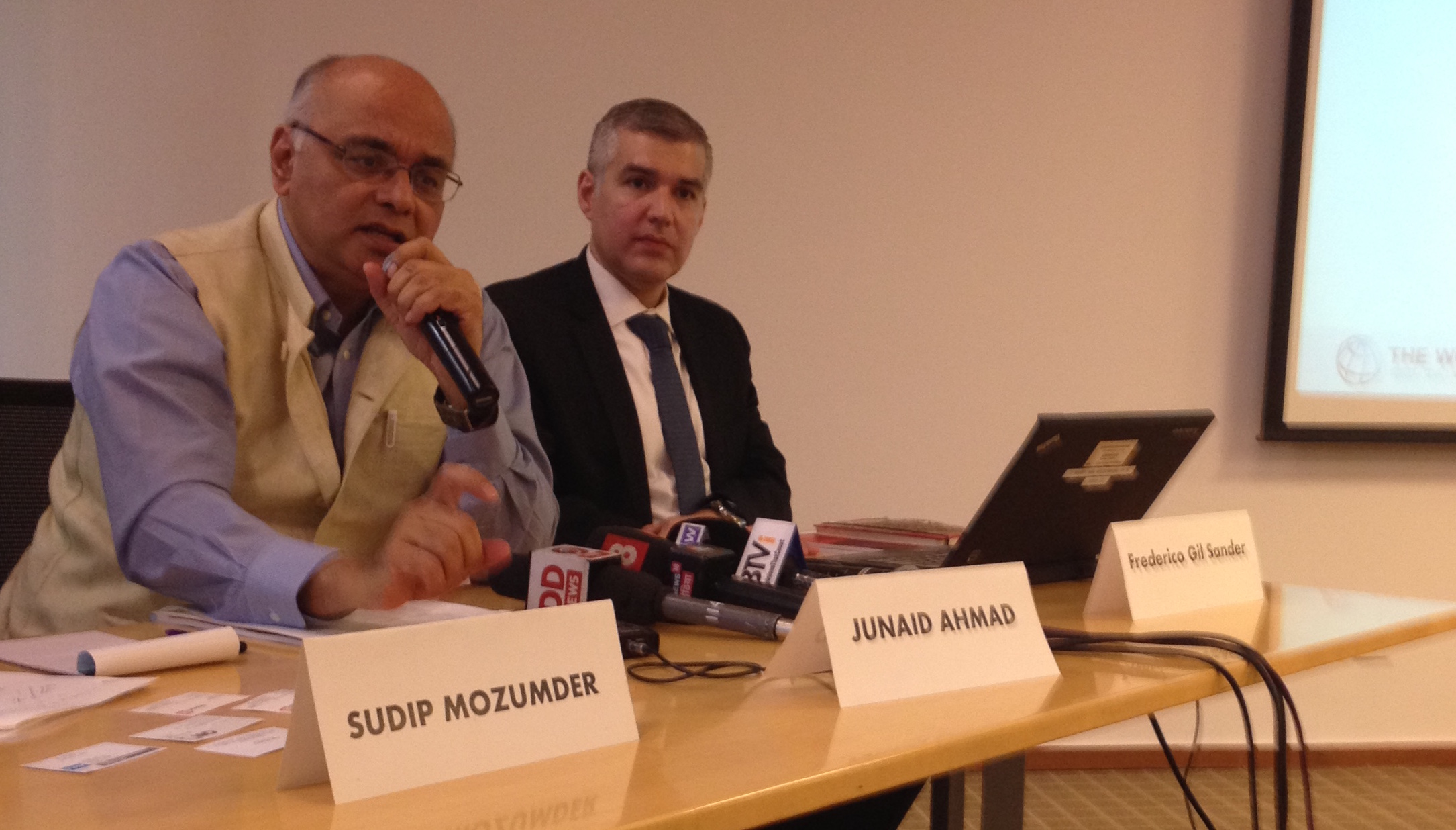 World Bank Country Director in India Junaid Ahmad (left) and chief economist Frederico Gil Sander said India needs to reverse the declining number of women at the workplace as they released a recent study in New Delhi.