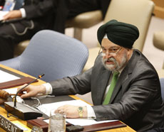 Hardeep Singh Puri, President of the Security Council for August 2011 and Permanent Representative of India to the UN, reads the presidential statement condemning Syrian authorities for the widespread violations of human rights, 03 Aug 2011