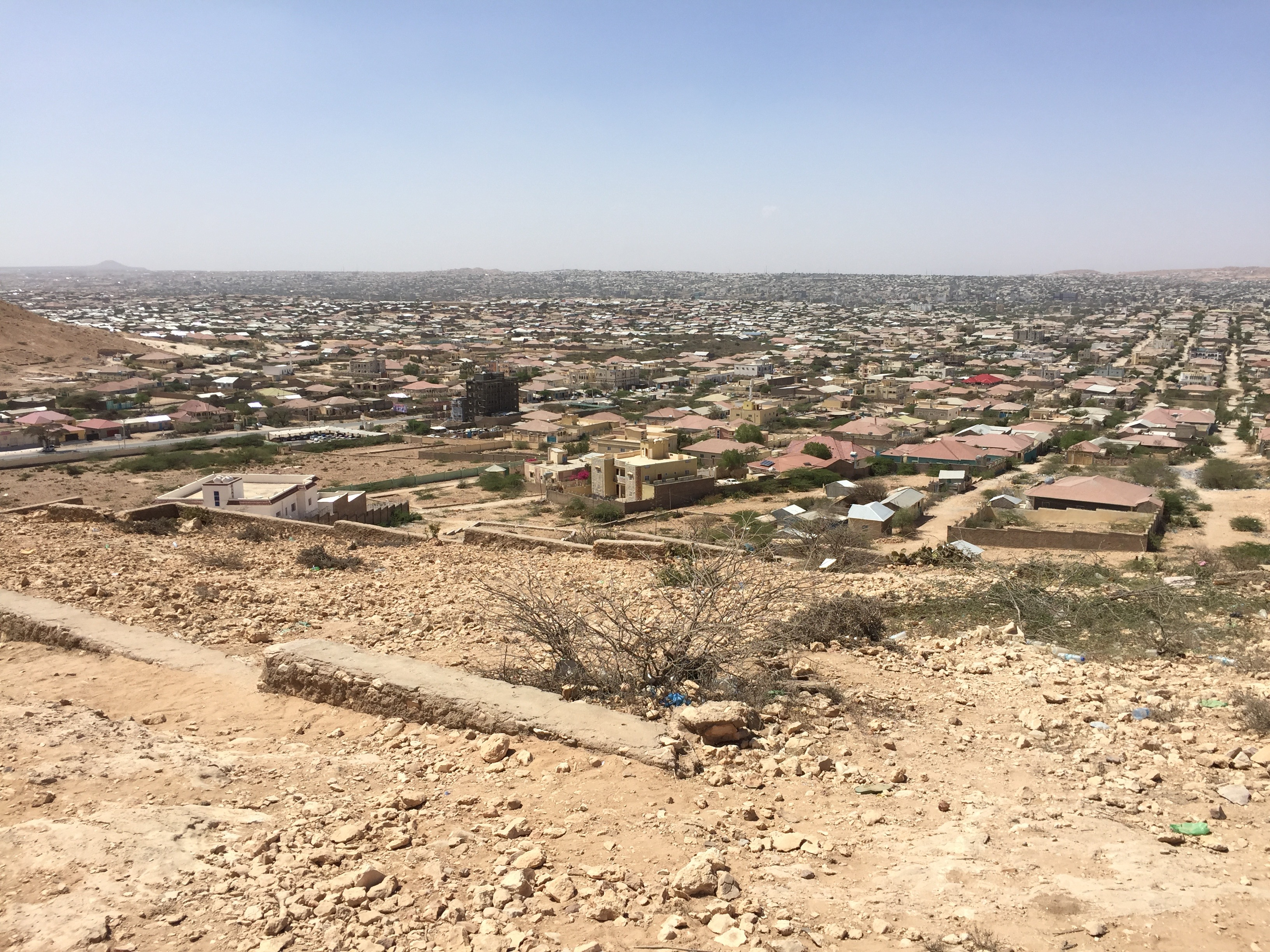 Landscape view of Hargeisa, Somaliland, March 29, 2016. (J. Craig/VOA)