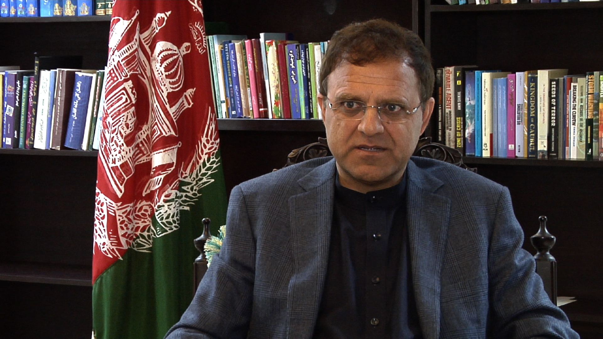 Afghanistan's newly appointed ambassador to Pakistan, Omar Zakhilwal. (W. Asad/VOA)