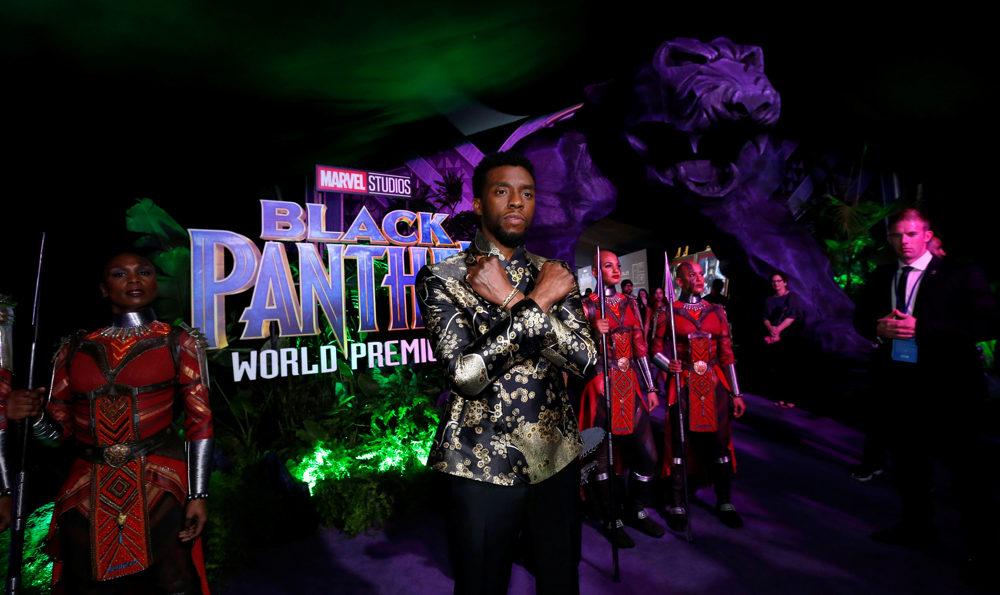 "Chadwick Boseman posa na estreia do filme ""Black Panther"" em Los Angeles"
