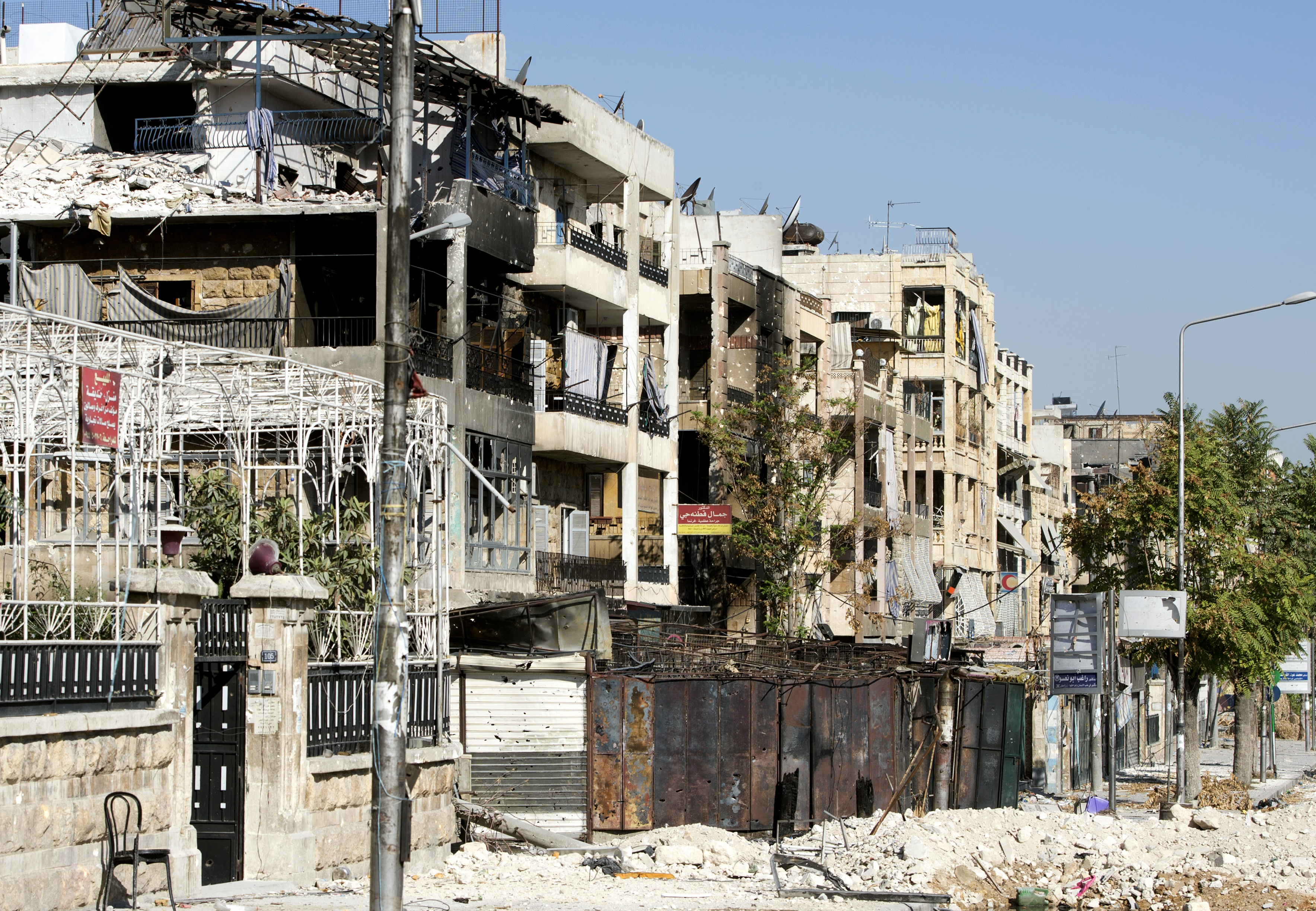 Damaged buildings in the northern city of Aleppo following months of clashes and battles between Syrian rebels and government forces, September 28, 2012.