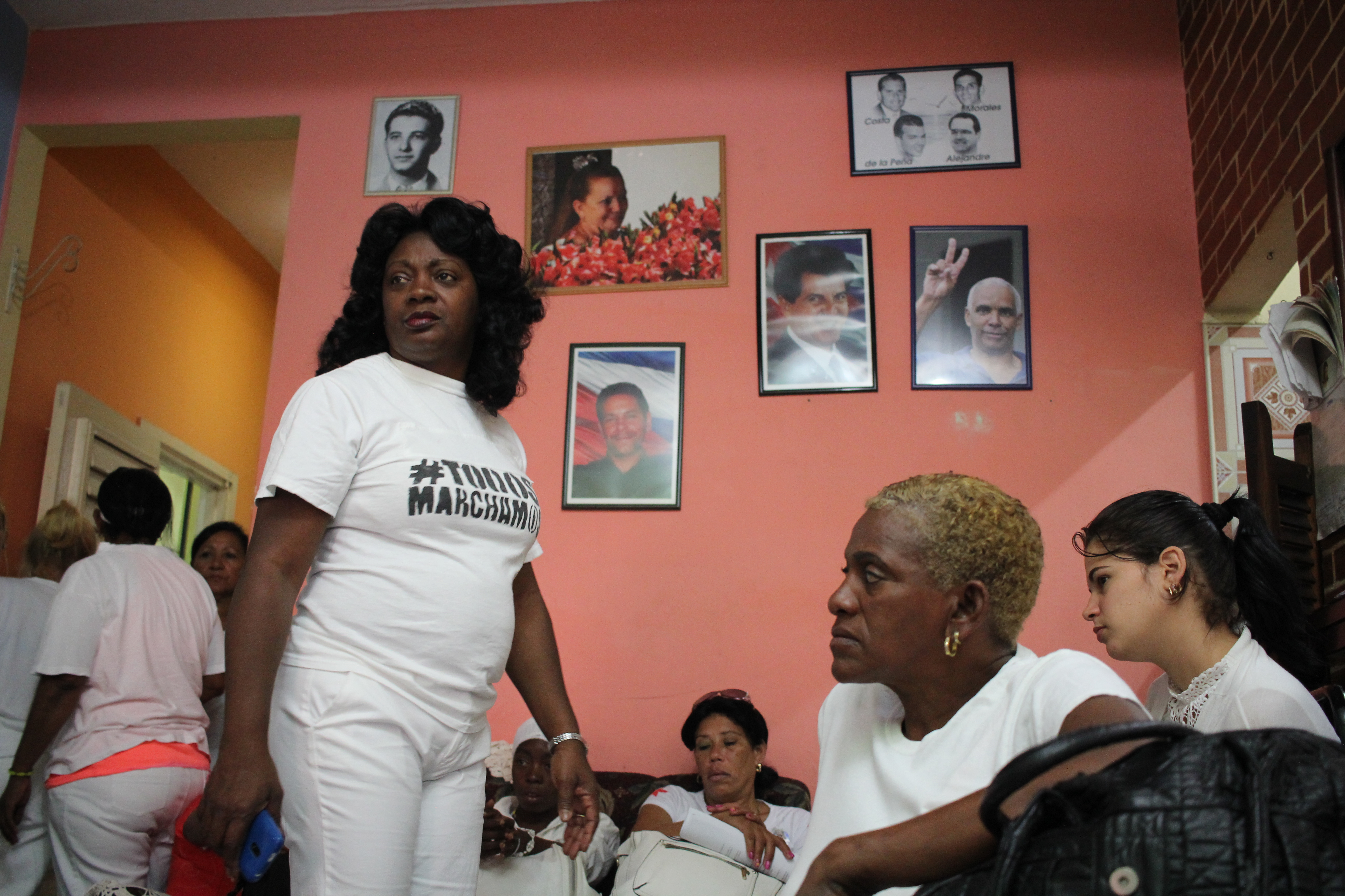 Berta Soler, left, at the Ladies in White headquarters in Havana, Cuba, the morning before her arrest. March 20, 2016. (V. Macchi/VOA)