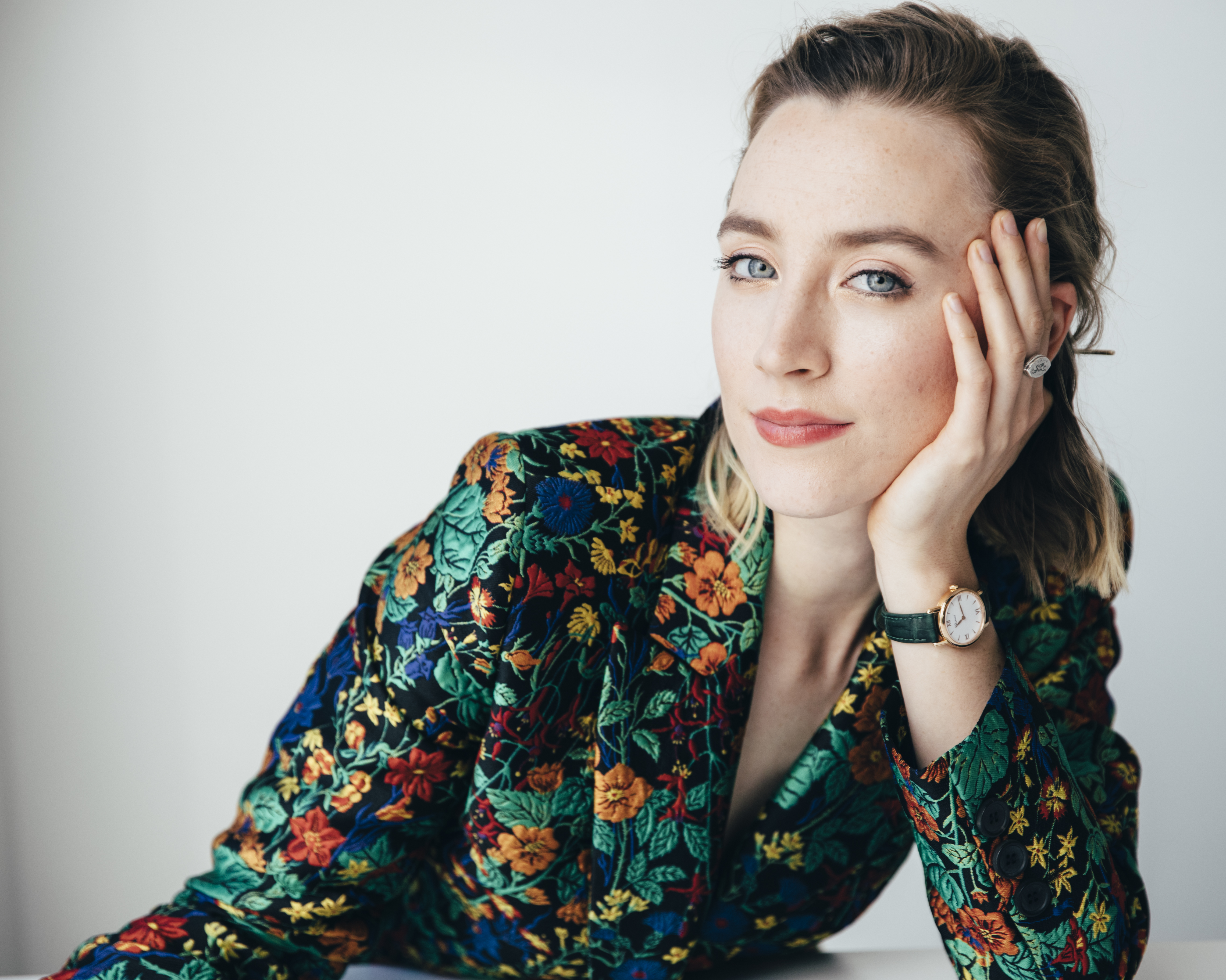 For Ronan, 'Queen of Scots' Role a Chance to Grow | Voice of America