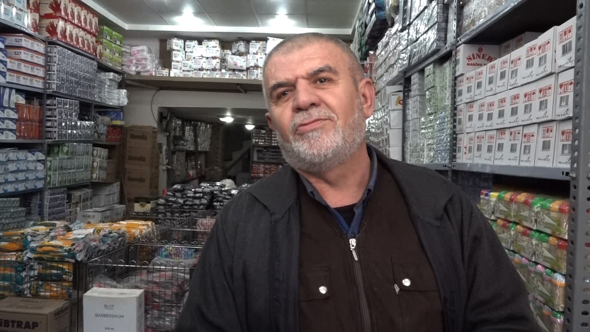 This Baglar trader says his business has suffered under the pro-Kurdish HDP and that he is ready to support the AKP.