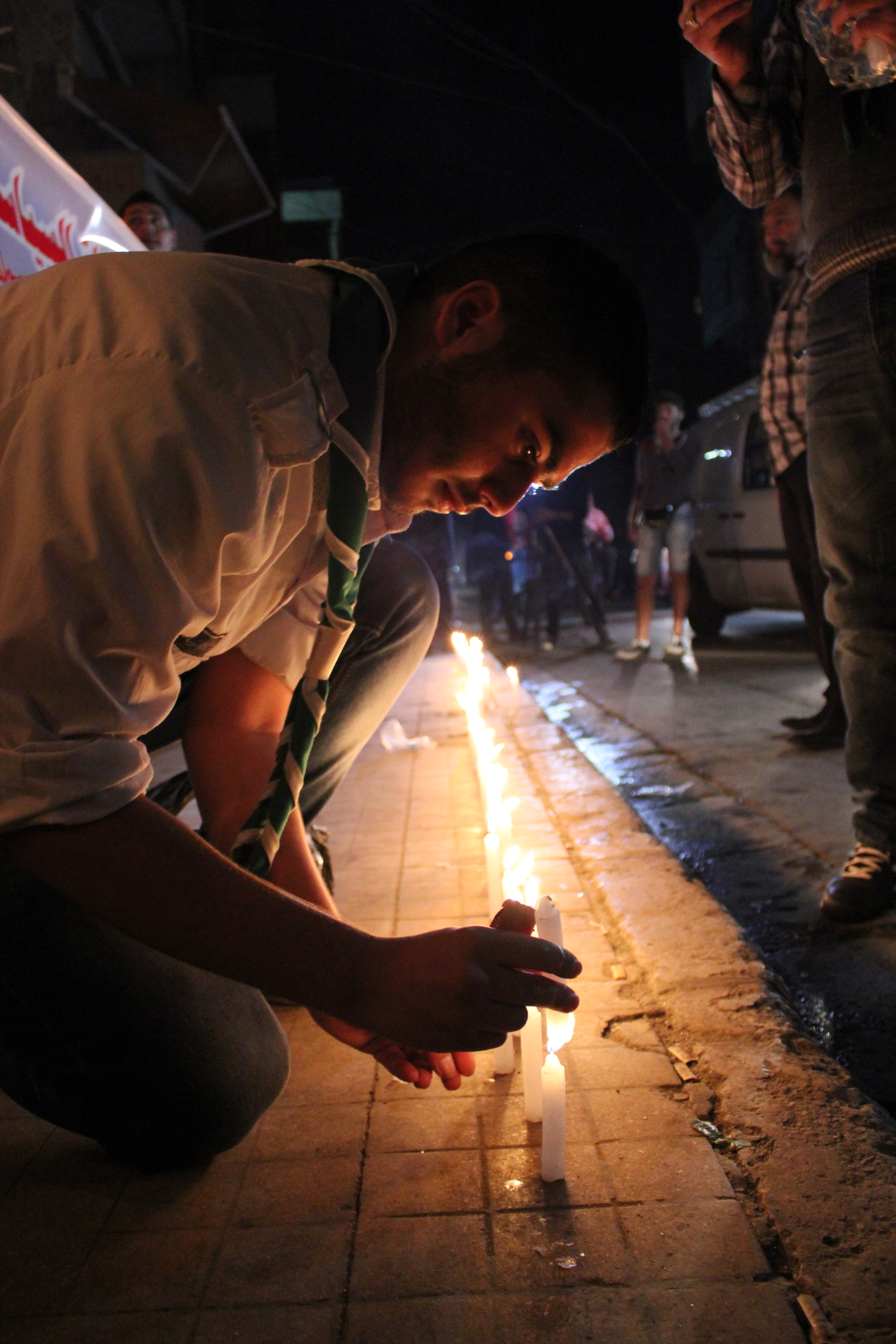 Some people in Beirut say the outpouring of emotion toward the French victims makes them feel forgotten. The same people point out that they, too, were appalled by the horrors in Paris, Nov. 12, 2015. (Sama Dizayee/VOA)