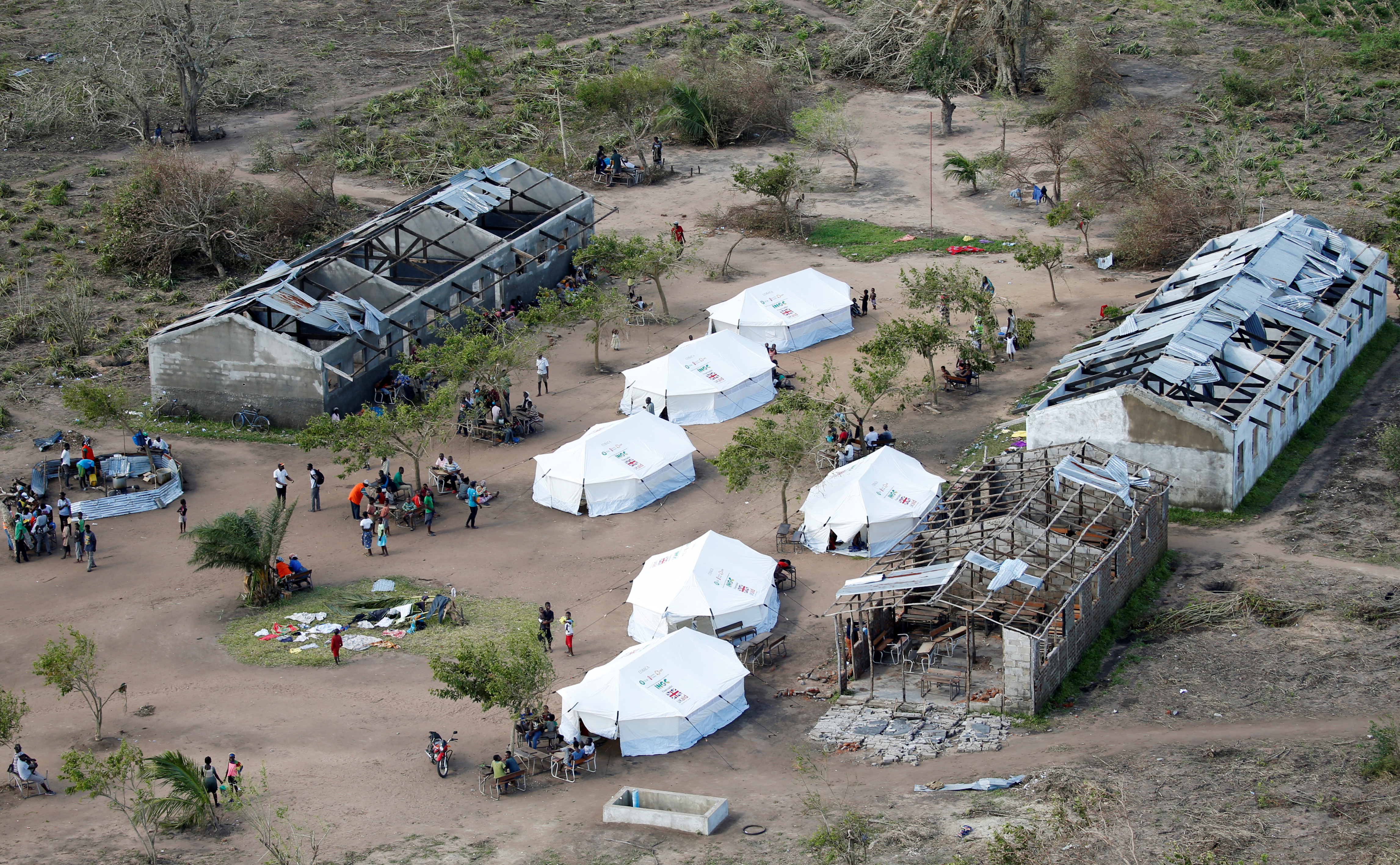 Tents belonging to aid organiaations are seen after Cyclone Idai at Guara Guara village outside Beira, Mozambique, March 22, 2019.