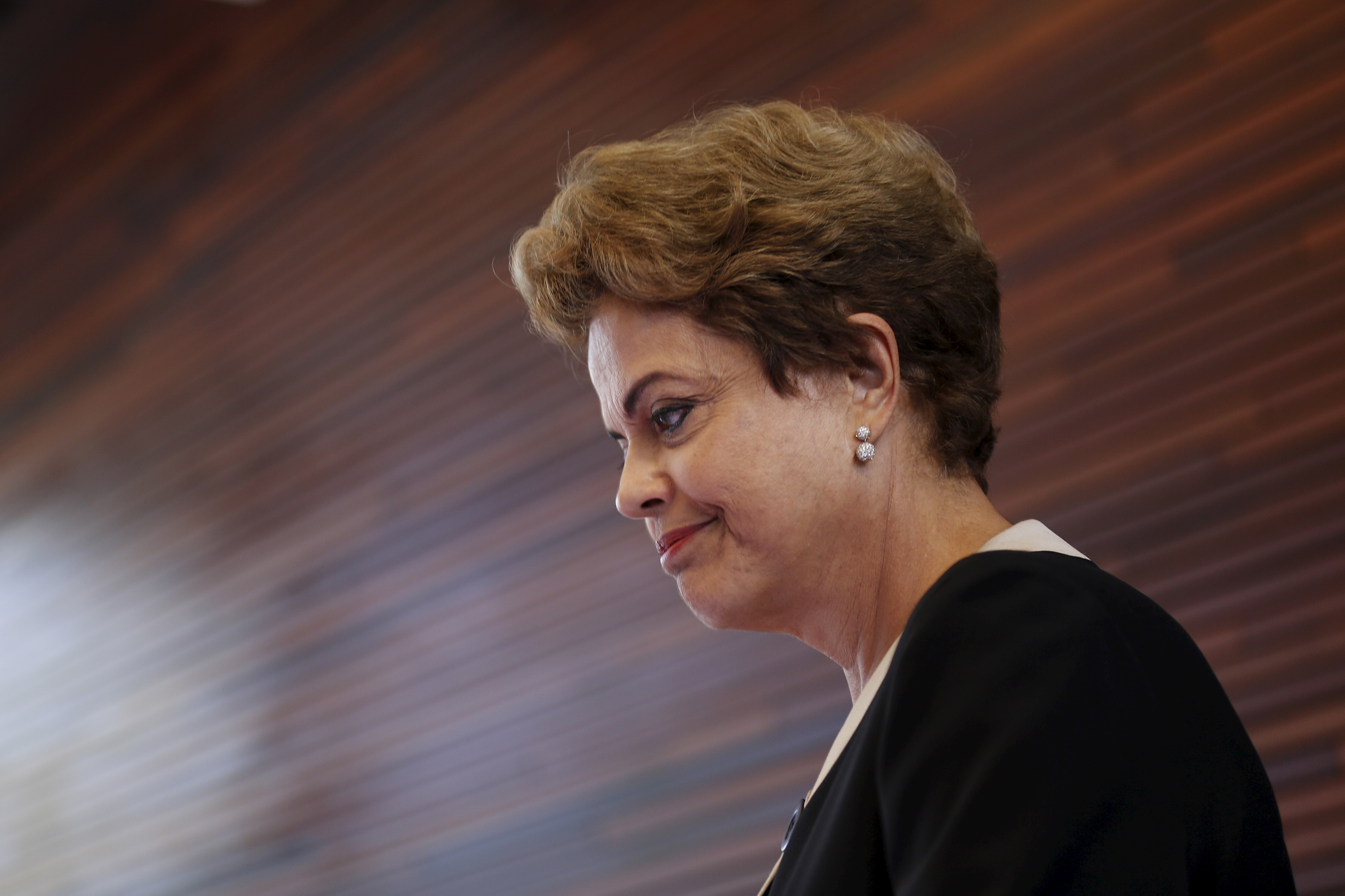 Brazil President Dilma Rousseff arrives to speak to members of the media during a visit at Google headquarters in Mountain View, California, July 1, 2015.