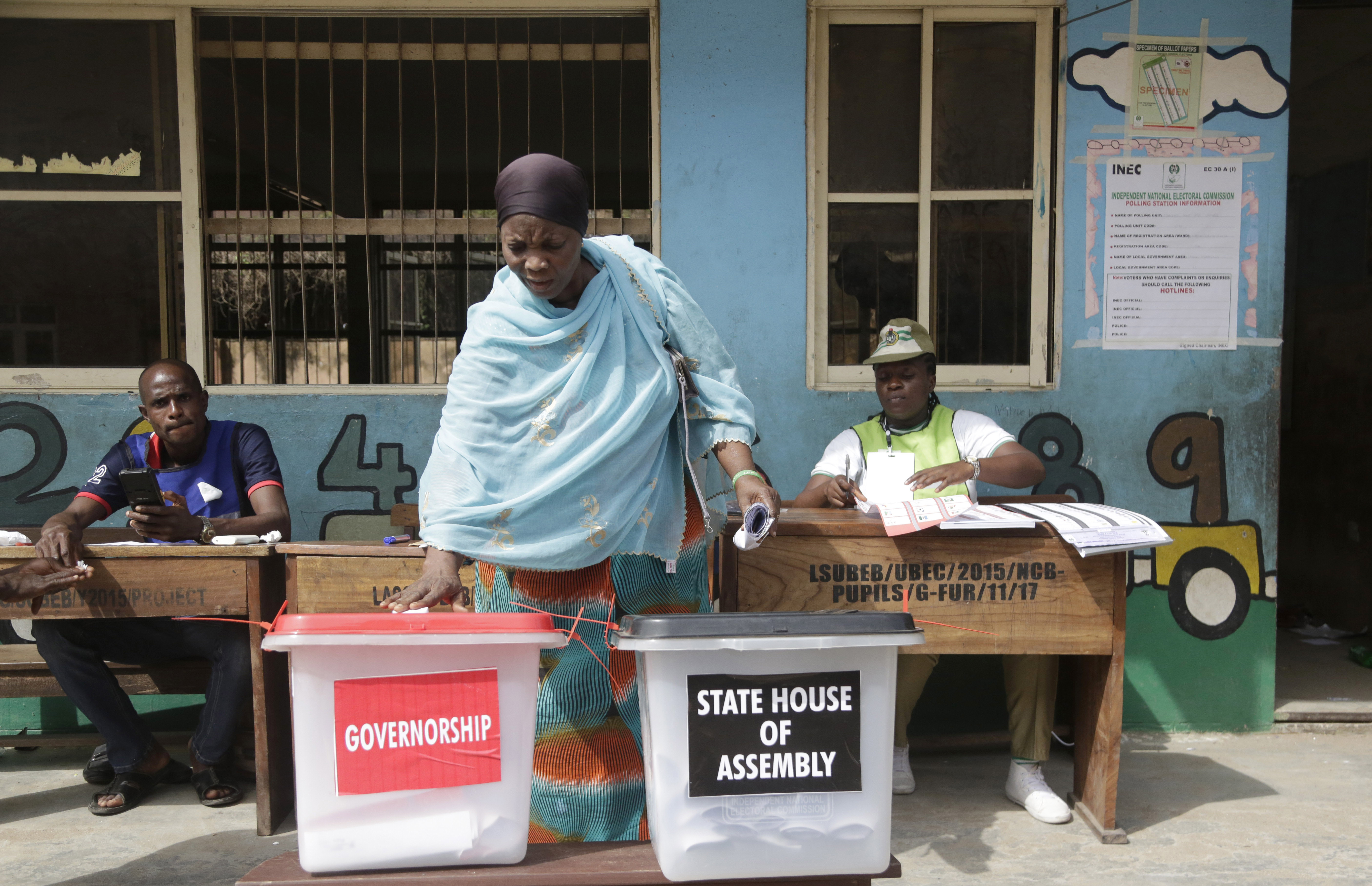 Nigerians Vote for Powerful Governor Posts Amid Some Unrest - VOA News