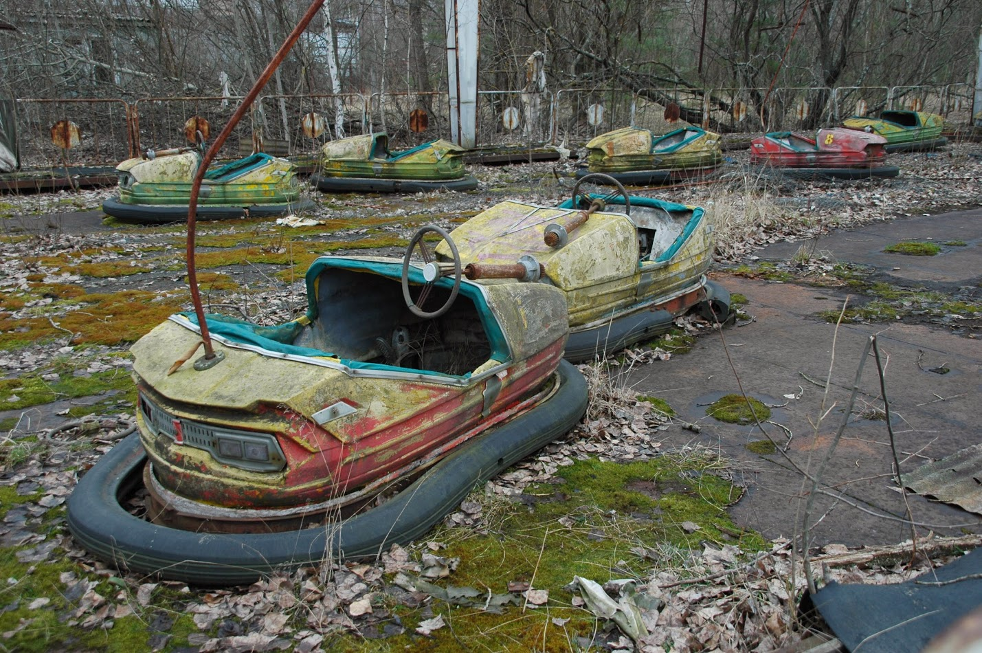 A rusting ride for children in the highly radioactive abandoned amusement park in Pripyat. (Steve Herman/VOA)