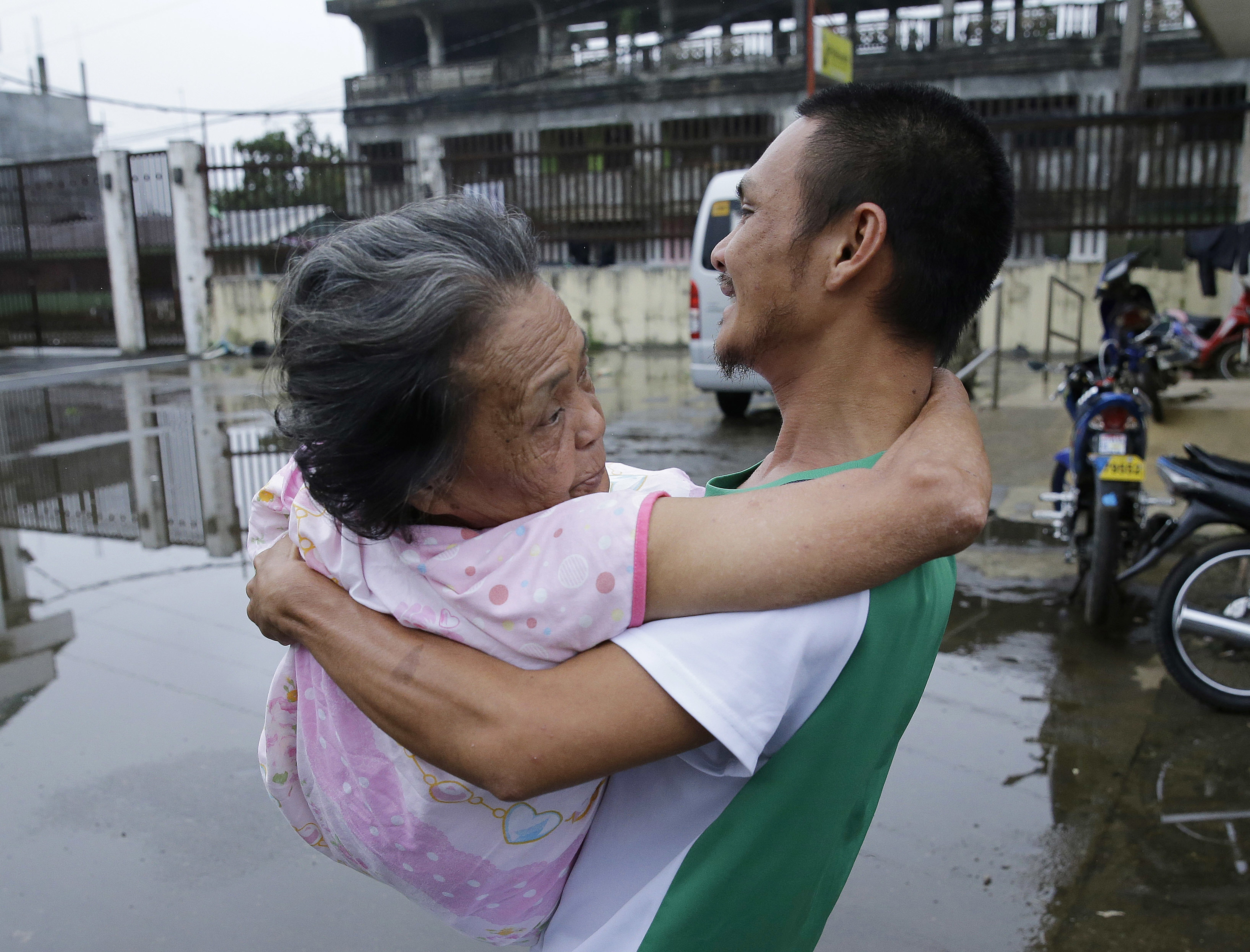trending news in the philippines - HD5000×3809