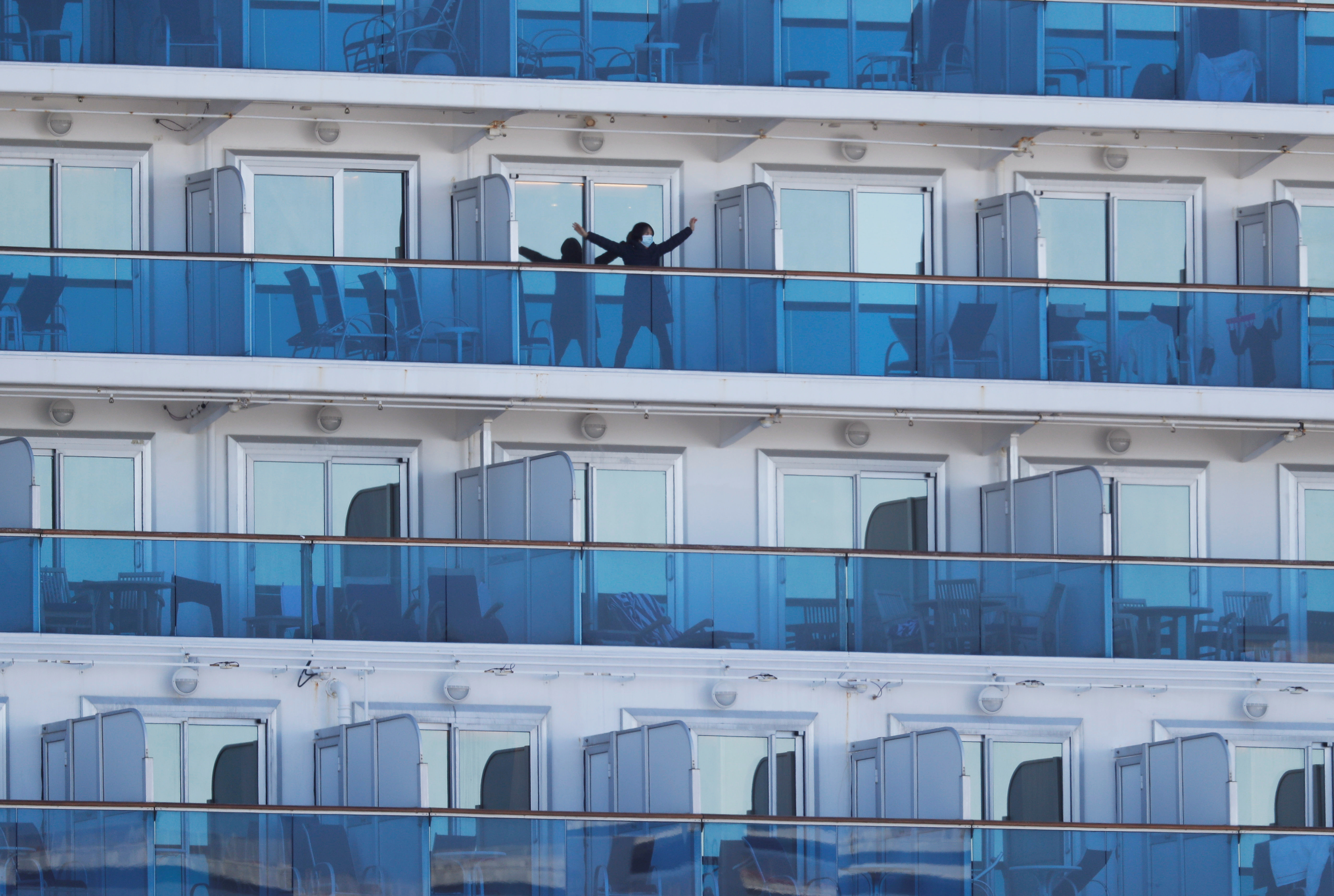 Fear, Boredom, Adventure Fill Each Day on Quarantined Ship in Japanese Port