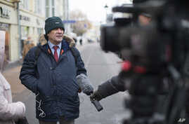 Sergei Nikitin, the head of Amnesty International in Russia speaks to the media in Moscow, Russia, Nov. 2, 2016.