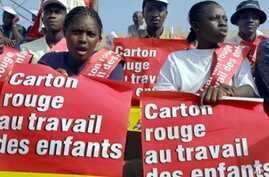 Malian children demonstrate against child labor in Sikasso, Mali.  Sikasso is the point of departure for children going to work in the Ivorian cocoa, coffee and cotton plantations (File Photo)