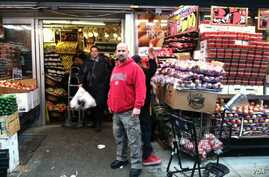 Store manager Ian Joscowitz was sure his market was filled with essential supplies for his customers, in New York, Monday, October 29, 2012. (VOA / A. Phillips)