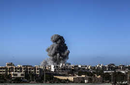 Smokes rises after an airstrike on an Islamic State target in Sirte, Libya, Sept. 28, 2016. On Tuesday, the U.S. military launched a new series of strikes against the group in Libya.