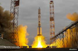 The Proton-M rocket, carrying the ExoMars 2016 spacecraft to Mars, blasts off from the launchpad at the Baikonur cosmodrome, Kazakhstan, March 14, 2016