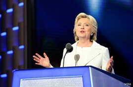 Hillary Clinton formally accepts the Democratic Party's nomination for President on the fourth night of the Democratic National Convention in Philadelphia, July 28, 2016. (A. Shaker/VOA)