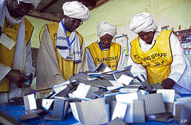 Southern Sudan Referendum Commission staff members prepare the official counting of votes on South Sudanese independence, 16 Jan 2011