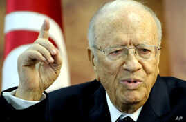 Tunisian Prime Minister Beji Caid Essebsi speaks during a press conference on March 4, 2011 in Tunis