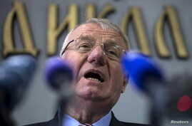 Serbian nationalist leader Vojislav Seselj speaks during a news conference inside his Serbian Radical Party headquarters in Belgrade, April 2, 2015. A Serbian ultra-nationalist freed on compassionate grounds by a United Nations war crimes court, then