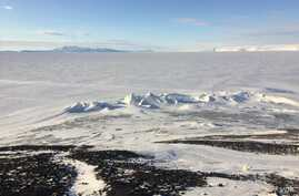 The pressure ridges (ice formations) below Observation Hill, a 754-foot hill adjacent to McMurdo Station in Antarctica. (Photo by Refael Klein)