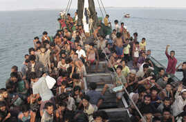 APTOPIX Indonesia Rohingya Boat People