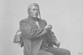 Detail of portrait of Shoshoni Chief Tendoi Demonstrating Sign Language. Photo by Charles M. Bell, courtesy National Anthropological Archives, Smithsonian Institution, Washington, D.C.