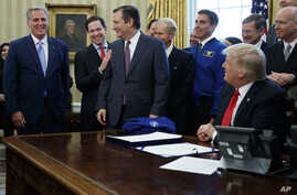 Fromm left, House Majority Leader Kevin McCarthy of Calif., Sen. Marco Rubio, R-Fla., Sen. Ted Cruz, R-Texas and Sen. Bill Nelson, D-Fla. share a laugh  in the Oval Office of the White House in Washignton, Tuesday, March 21, 2017, during President Do