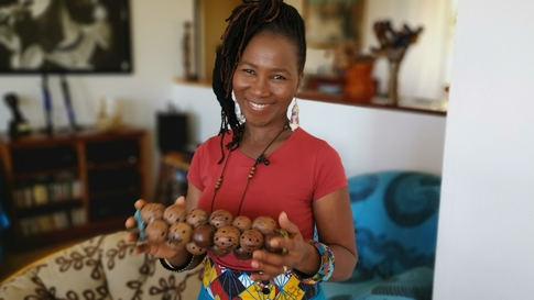 Mingas - Iconic singer from Mozambique