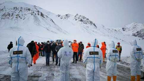 China and Pakistan briefly opened their only overland crossing, known as the Khunjerab Pass, 4,700 meters above sea level, to tr