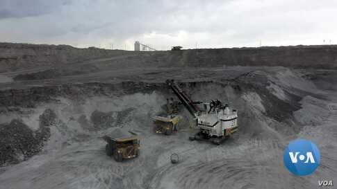 Coal Industry's Decline Hits Nation's Largest Producer