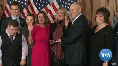 Climbing the Hill: New Legislators Are Sworn In