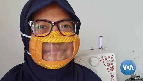 Deaf Community Promotes Transparent Face Masks to Help Communication