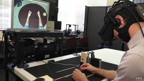 Making a Virtual Arm Move May Help a Real Arm Move With Stroke Patients