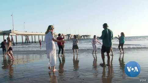 Dancing Through Depression in Beach Therapy in Los Angeles