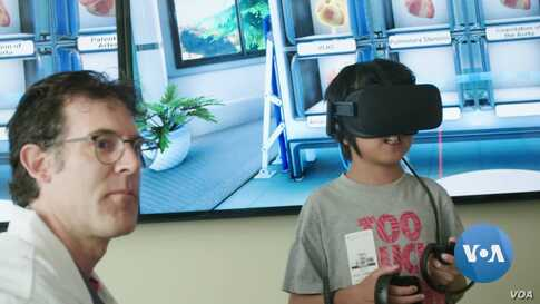 Patients Explore the Heart from Within Through Virtual Reality