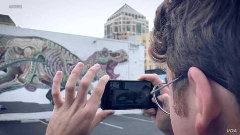 Graffiti That Jumps, Technology Makes Art Come to Life