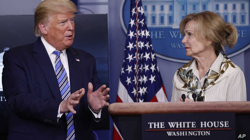 President Trump with Dr. D. Birx on the VOA News Web Site