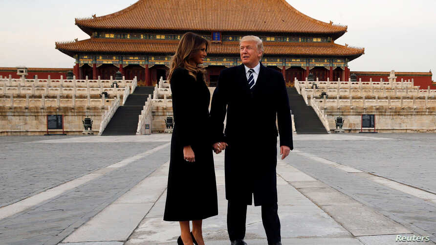 U.S. President Donald Trump and U.S. first lady Melania visit the Forbidden City in Beijing, Nov. 8, 2017.