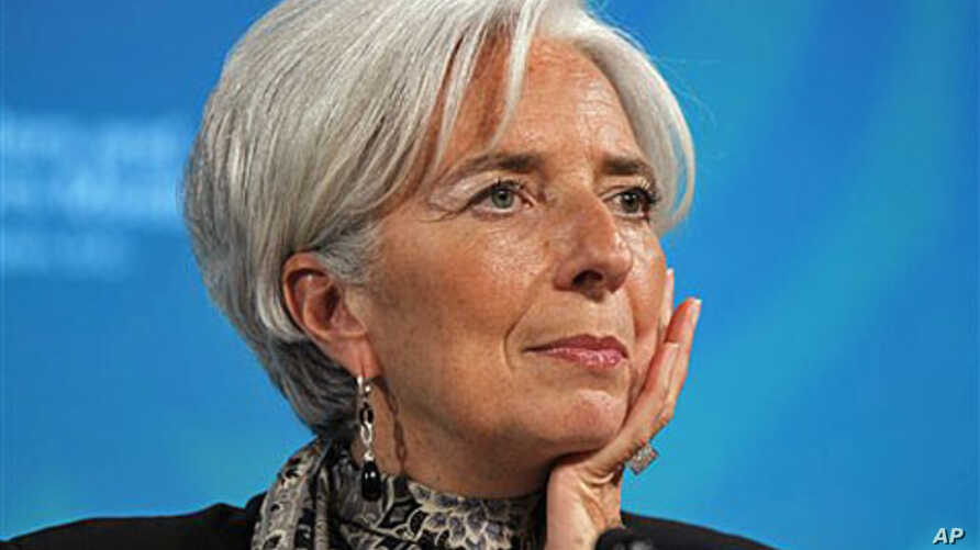 IMF Managing Director Christine Lagarde listens to a question during a G-20 news conference at the IMF and World Bank Group Spring Meetings in Washington, April 20, 2012.