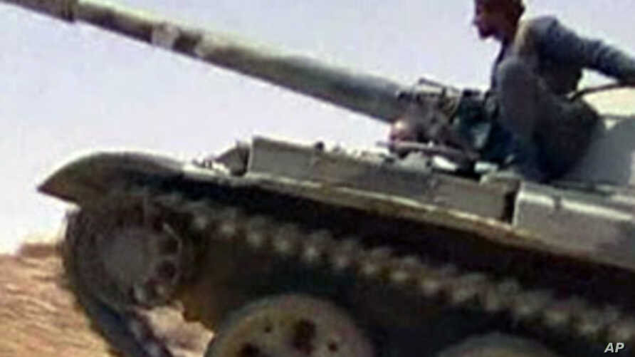 Yemeni forces clash with Shi'a Houthi rebels in the northern province of Saada, along the border with Saudi Arabia