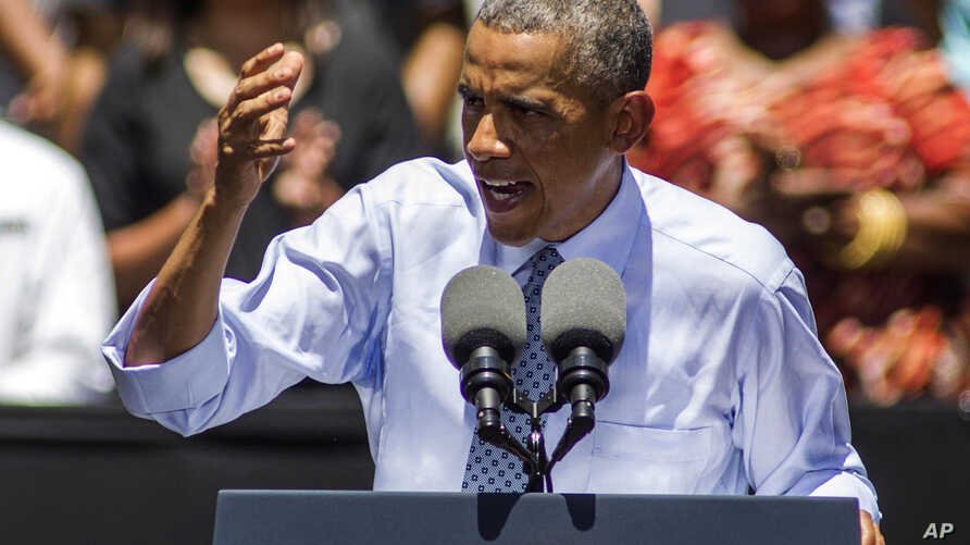 """President Barack Obama speaks about the economy and requests """"economic patriotism"""" from American corporations that seek overseas mergers to avoid U.S. taxes, at the Los Angeles Trade-Technical College in Los Angeles, July 24, 2014."""